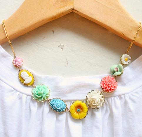 Rosy posy necklace6